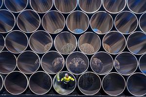 Gazociągowi Nord Stream 2 trochę trudniej, ale może budować się dalej