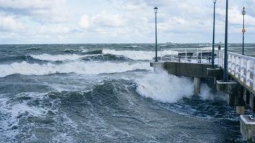 IMGW ostrzega przed silnymi wiatrami