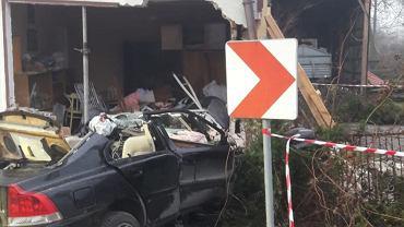 Wypadek w Kowalowicach. Nie żyje 37-letni kierowca