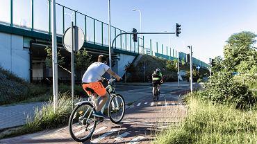 Straż miejska edukuje rowerzystów. O tym musisz wiedzieć, zanim wsiądziesz na rower
