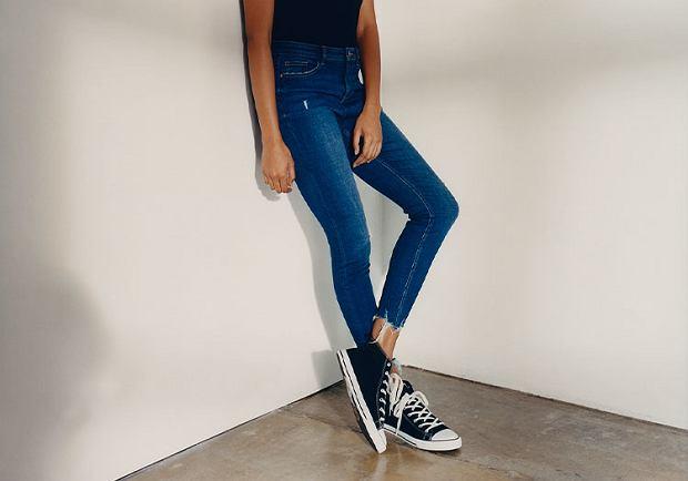 Jeansy uszyte ze 100 proc. zrównoważonej bawełny