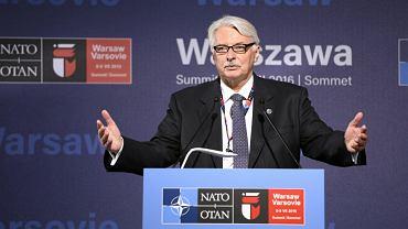 Witold Waszczykowski na Stadionie Narodowym w pierwszym dniu szczytu NATO