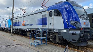 Podpisanie umowy PKP Intercity z Newag i nowe lokomotywy
