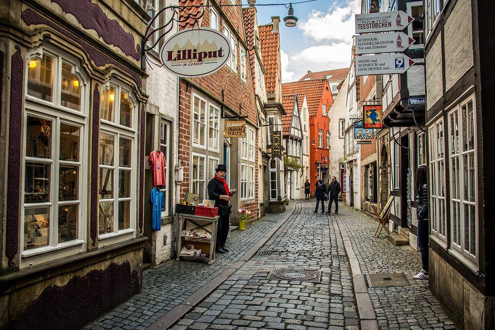 Brema, dzielnica Schnoor, to właśnie tutaj mieści się najmniejszy domek