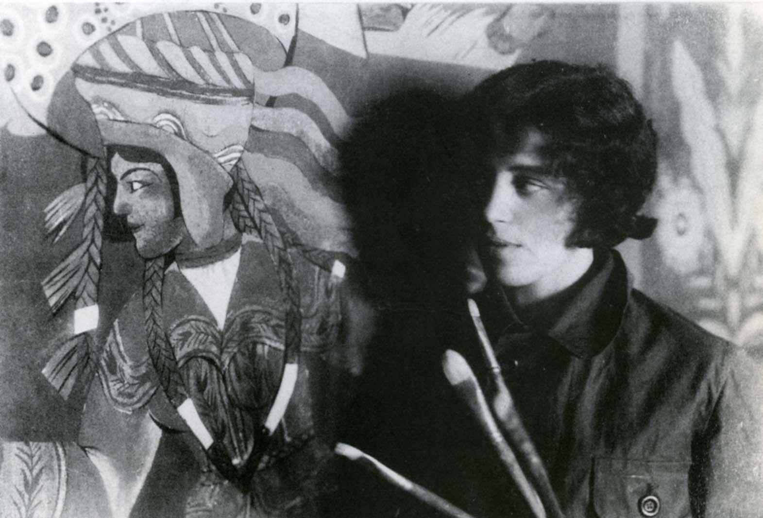 Zofia Stryjeńska przy pracy nad panneau do pawilonu polskiego na Międzynarodową Wystawę Sztuk Dekoracyjnych i Przemysłu Współczesnego w Paryżu, 1925 r. (fot. archiwum rodziny Stryjeńskich)