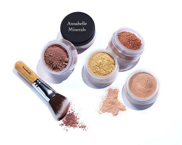 Nowe rozświetlacze Annabelle Minerals