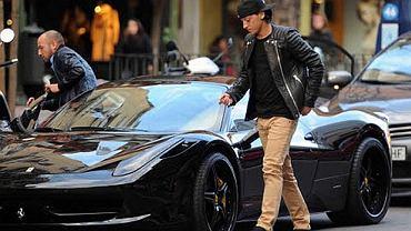 Mesut Özil - Ferrari 458 Italia