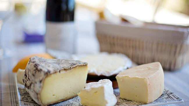 Czy ser może sprzyjać diecie? Przedstawiamy najzdrowsze rodzaje