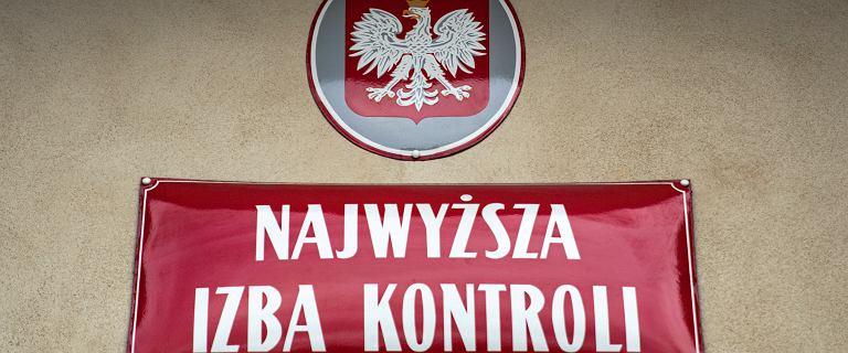 """Kontrola NIK w Prokuraturze Krajowej to nie """"odwet Banasia""""? NIK: Trwa od miesięcy"""