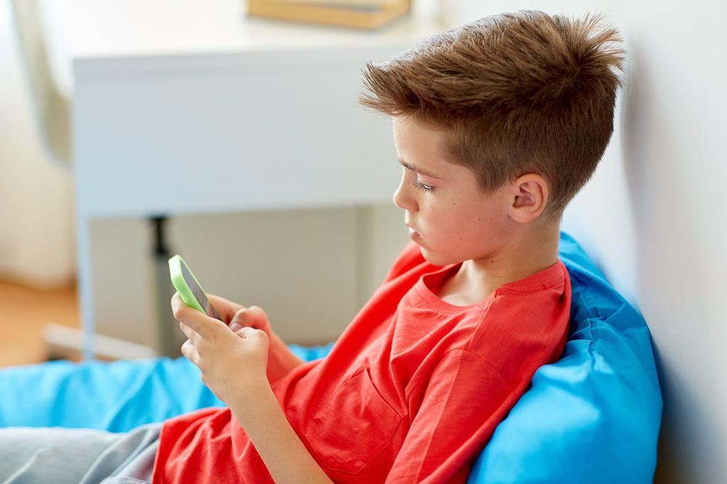 Z raportu Instytutu Badań Edukacyjnych wiemy, że 30 proc. uczniów doświadcza zachowań agresywnych w szkole przynajmniej kilka razy w ciągu miesiąca, ofiarami dręczenia szkolnego zaś, tzw. kozłami ofiarnymi, jest mniej więcej 10 proc. uczniów.