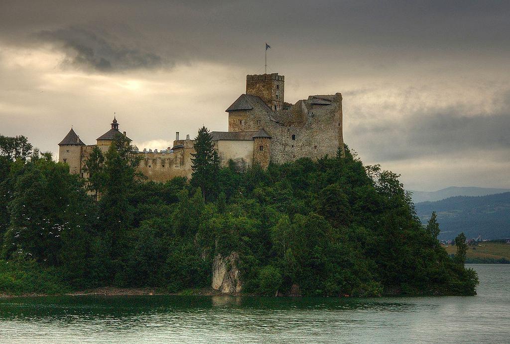 Zamek w Niedzicy / Łukasz Śmigasiewicz