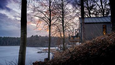 Leśny ośrodek w hotelowym standardzie