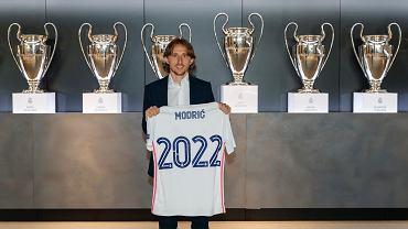 Luka Modrić na dłużej w Realu Madryt. Chorwat podpisał nowy kontrakt