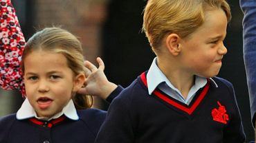 Nowe zdjęcie księcia George'a i księżniczki Charlotte. Chłopiec sięga już niemal do ramienia ojca!