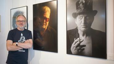 Wystawa w nowej galerii sztuki w Monopolis