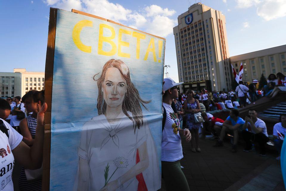Białoruś. Potrzebna pomoc. Niezależność od Moskwy.