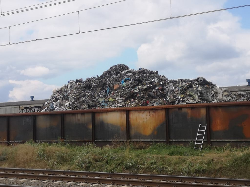 Składowisko śmieci w Przysiece