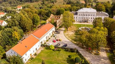 Kompleks pałacowo-hotelowy z browarem w Jedlinie-Zdroju