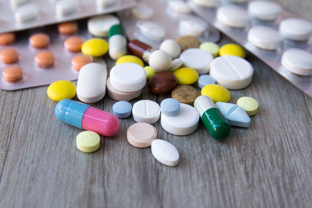 Leki immunosupresyjne prowadzą do przejściowego lub stałego obniżenia odporności organizm, czyli tzw. immunosupresji