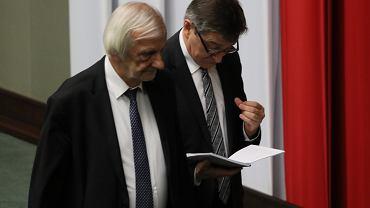 Marszałek Sejmu Marek Kuchciński i wicemarszałek Ryszard Terlecki. Ida na przerwę. Warszaw, Sejm, 12 grudnia 2018