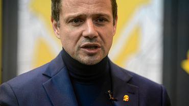 Prezydent Warszawy Rafał Trzaskowski podczas inauguracji kampanii 'Tramwaj różnorodności'