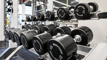 Siłownie i kluby fitness mają być zamknięte.