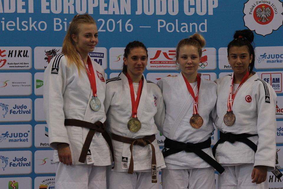 Judo  Eliza Wróblewska - młoda zawodniczka Akademii Judo - druga w