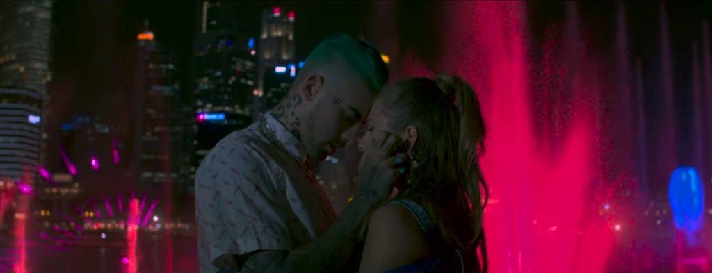 Klaudia Szafrańska z duetu xxanaxx i Quebonafide w teledysku do utworu 'Candy' / screen z YouTube