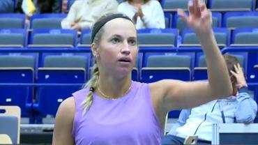 Julia Putincewa podczas meczu z Shuai Zhang