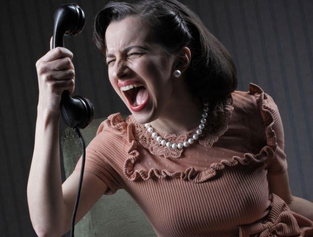 Telefony po nocach, przeprosiny, awantury, obojętność i dzika namiętność - huśtawka nastrojów patnera z osobowością borderline uniemożliwa normalne funkcjonowanie