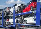 Przybywa kopciuchów drogowych. Polacy wwieźli ponad 1 mln używanych aut