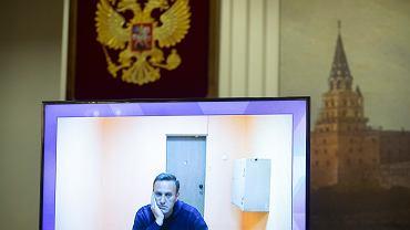 Wszystko było jasne, zanim  zaczął się proces - kpił Aleksiej Nawalny, kiedy sędzia zapytał, czy rozumie wyrok, zgodnie z którym ma zostać w areszcie. Moskwa, 28 stycznia 2021