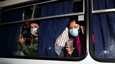 Zamieszki po przyjeździe ewakuowanych z Wuhan