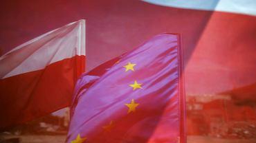 Flaga polska i unijna