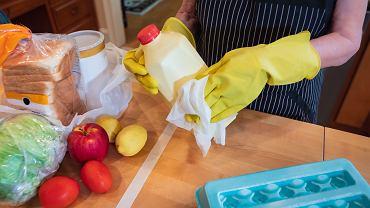 Odpowiednio dobrane środki do dezynfekcji pozwalają na bezpieczne stosowanie nawet tam, gdzie pojawia się żywność.