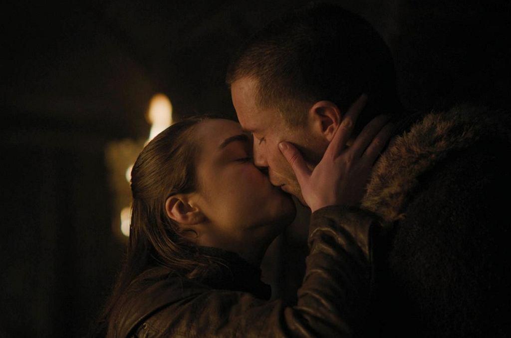 Gra o Tron - Arya uprawia seks