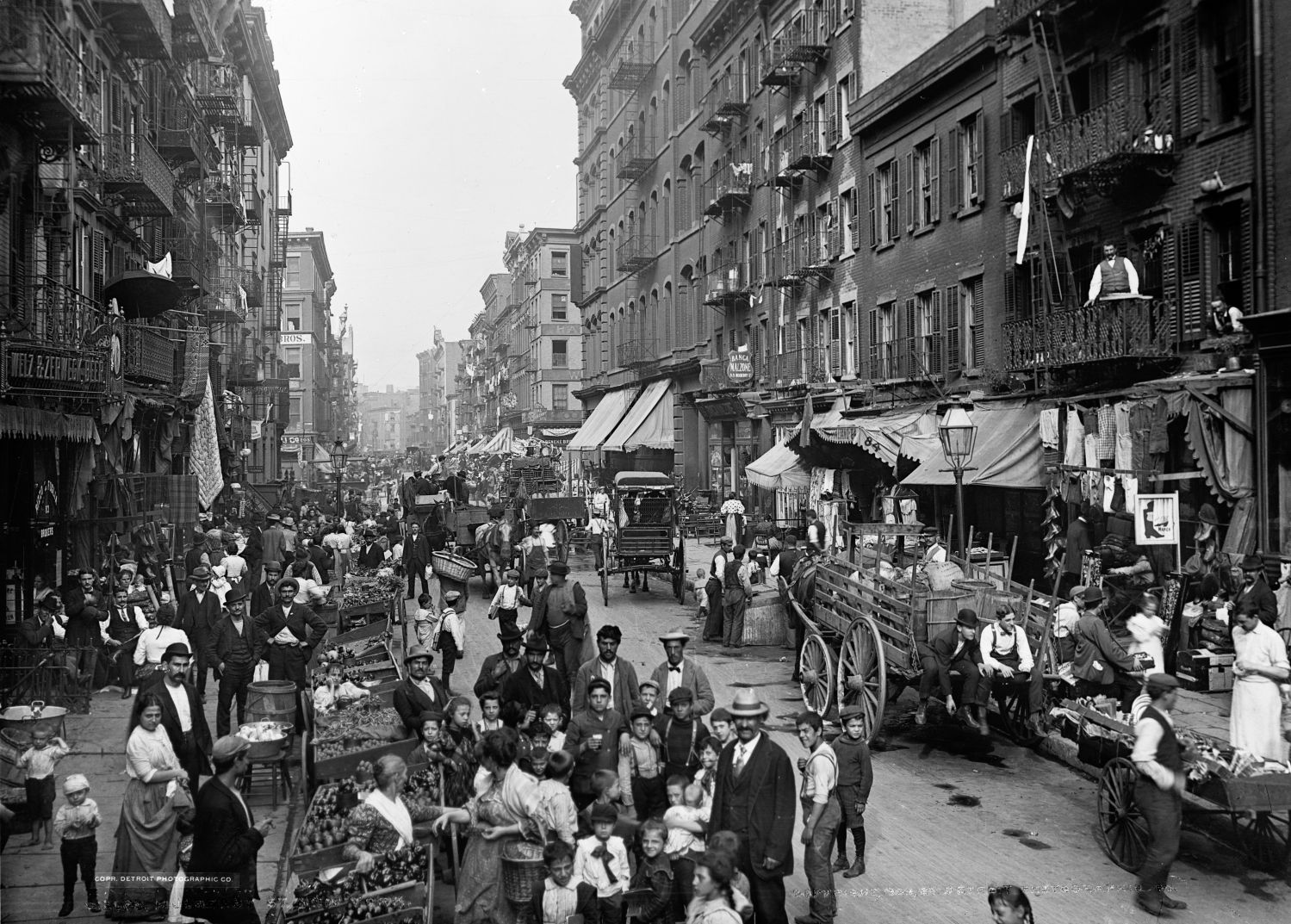 Imigrancka Mulberry Street, 1900 rok (fot. Biblioteka Kongresu, Detroit Publishing Company Photograph Collection)