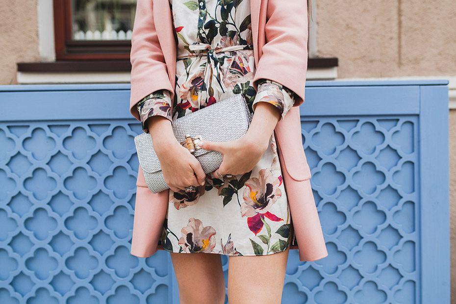 Jak się ubrać na komunię dziecka - stylizacje dla mam