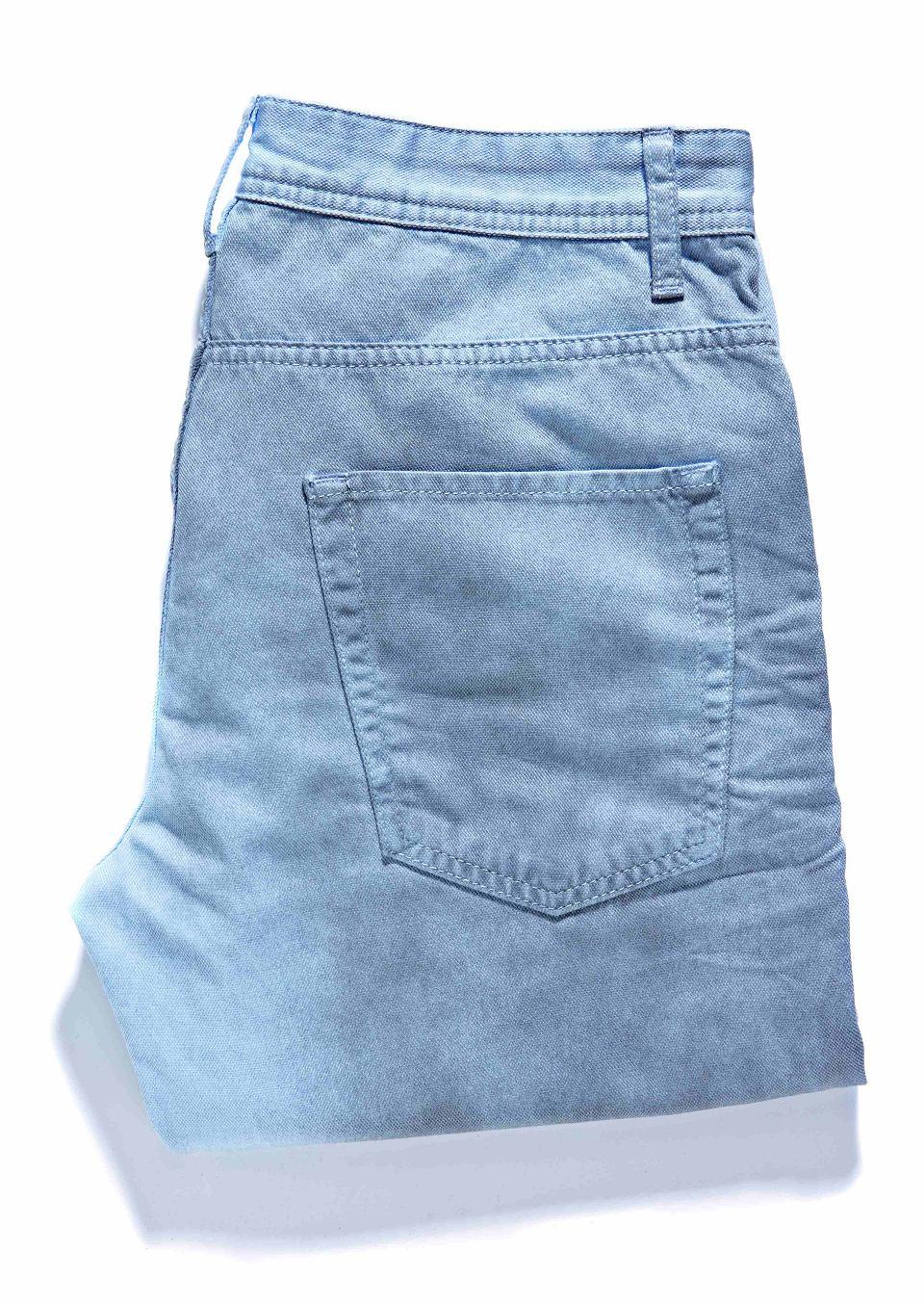 Zdjęcie numer 5 w galerii - Jasne dżinsy: zobacz najmodniejsze wzory