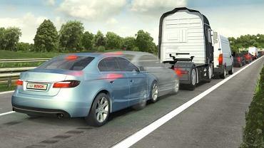 System awaryjnego hamowania pozwala uniknąć stłuczki i znacznie ogranicza skutki wypadku zmniejszając prędkość przed nieuchronną kolizją