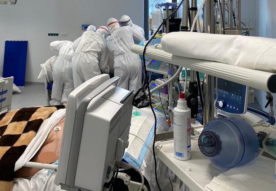 Nowo wybudowane Centrum Zdrowia Matki i Dziecka w Zielonej Górze zostało przekształcone w Szpital Tymczasowy dla chorych na COVID-19