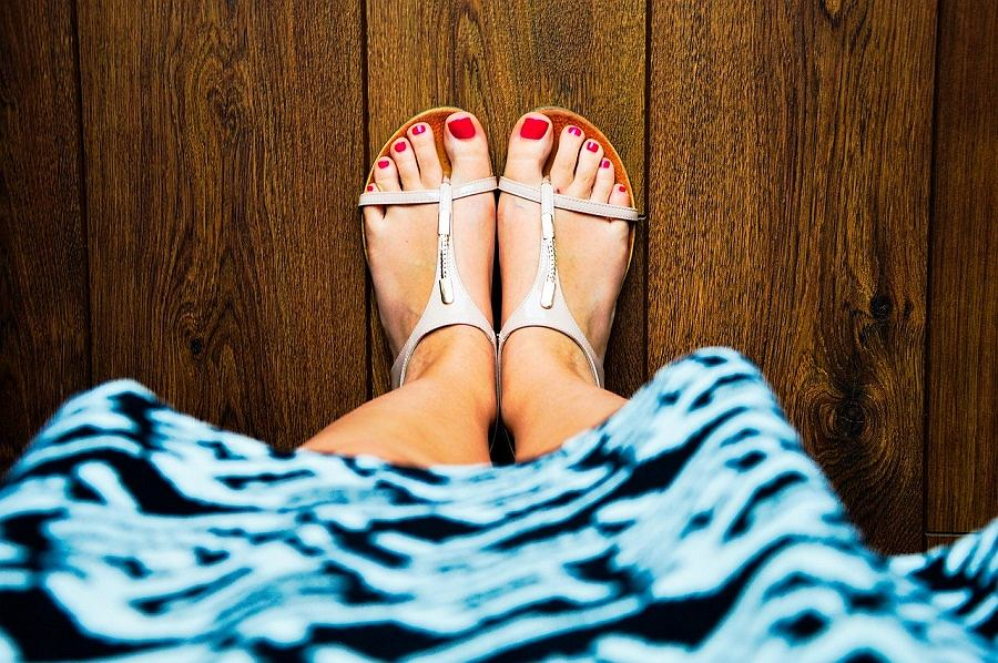 Sandały płaskie
