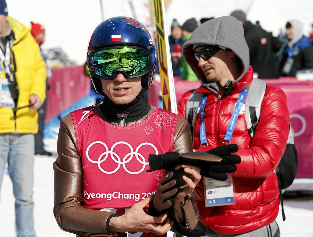Adam Małysz i Kamil Stoch podczas treningu. Pjongczang, Korea, 7 lutego 2018