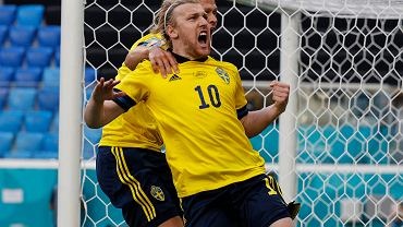 Emil Forsberg celebruje gola w meczu Szwecja - Słowacja. Euro 2020, St. Petersburg, Rosja, 18 czerwca 2021