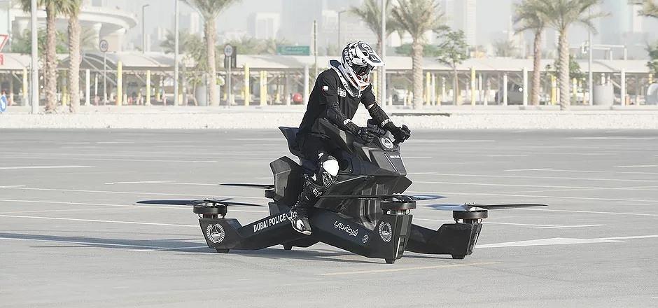 Hoverbike - latający dron-motocykl