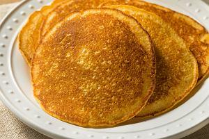 Bezglutenowe naleśniki z mąki kukurydzianej - przepis na śniadanie, obiad lub kolację