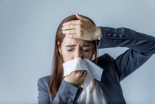 Alergiczny nieżyt nosa (katar sienny) - jak go leczyć