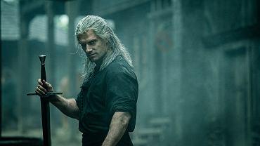 Henry Cavill w roli Geralta z Rivii w serialu 'Wiedźmin'