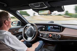 Mercedes S 500 Intelligent Drive   Jazda z autopilotem