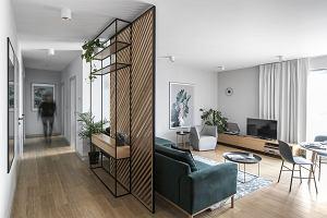 Przytulne mieszkanie w klimacie urban jungle. Spokojna przystań dla rodziny